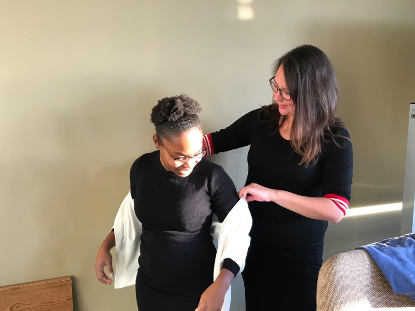 lisa pieplenbosch – style developer – helpen aankleden